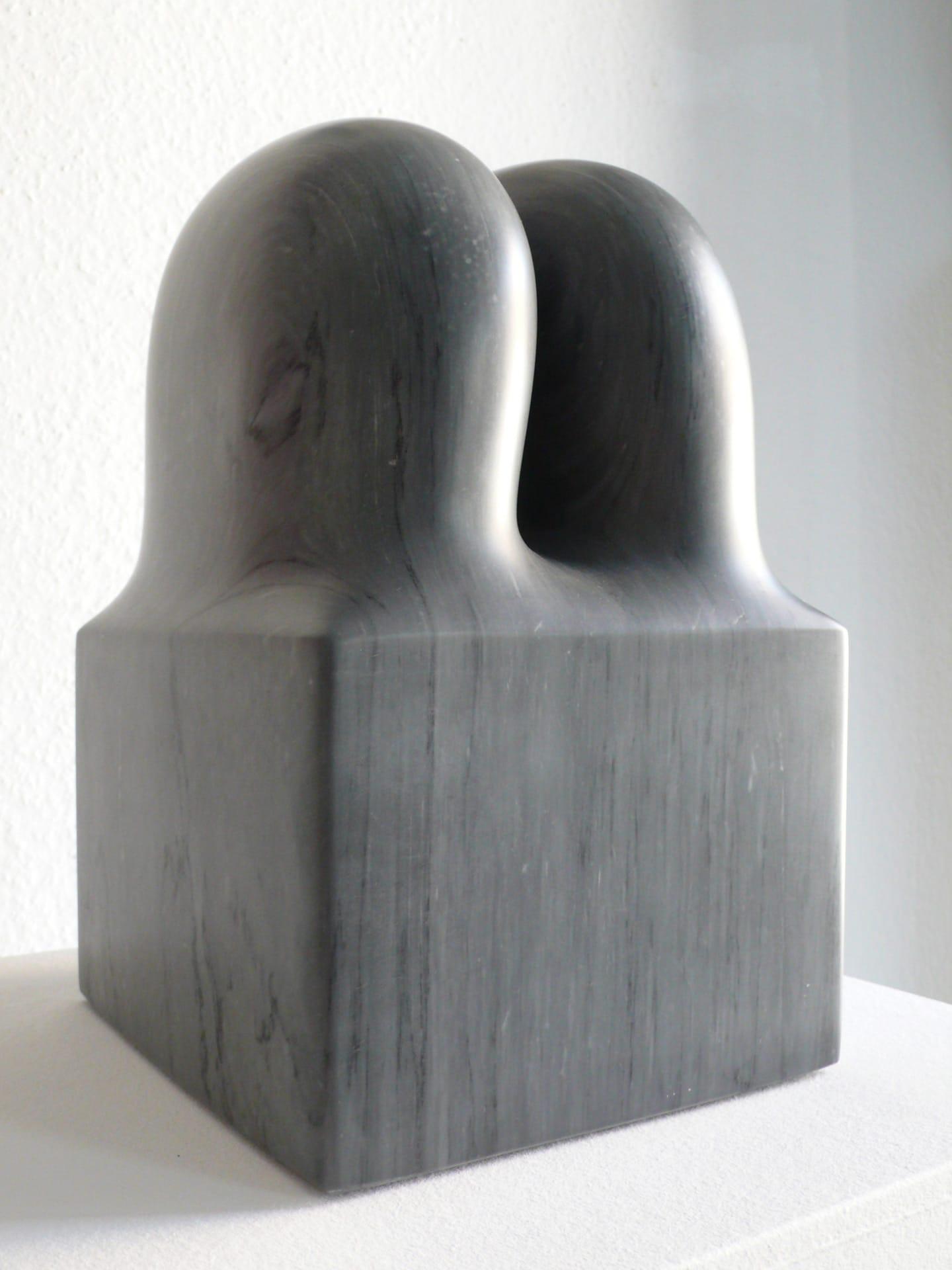 Sven Rünger: Trafo, 2009 (Bardiglio Marmor)